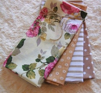 Kup teraz na allegro.pl za 24,90 zł - ZESTAW TKANIN bawełna - patchwork róże i beże  Patchwork fat quarters roses&beige