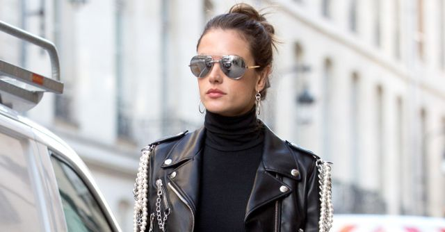 Alessandra Ambrosio shows us how to pull off a sheer maxi skirt in the winter with her all-black look.