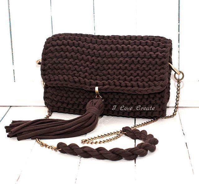 Сумочка- клатч Состав: хлопок, подкладка креп-сатин Размер 28*18*7 см Цена 700 грн 80992858726 #handmade #crocheting #crochetbags #bags #trend2017 #cloutch #i_love_create #madeinukraine #вяжуназаказ #сумкикрючком #сумкиручнойработы #дизайнерскиесумки #сумкивналичии #сумкиназаказ #сумканацепочке #модныесумки #клатч #модныйклатч #куплюсумку #кроссбоди #мода #заказатьсумку #украина #киев #подаркидевушкам #подаркина14февраля #подаркиручнойработы
