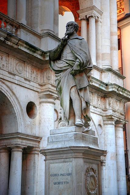 Andrea Palladio statue, Vicenza, Veneto , Italy