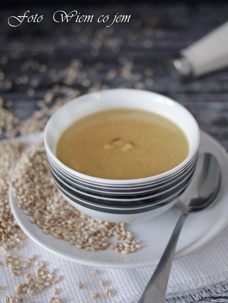 Wiem co jem - Zupa grzybowa z pęczakiem na gęsinie