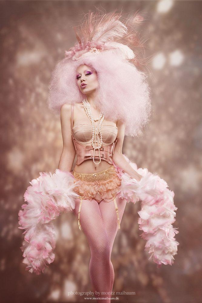 78 best images about a 1 12 scale miniature burlesque for Burlesque bedroom ideas
