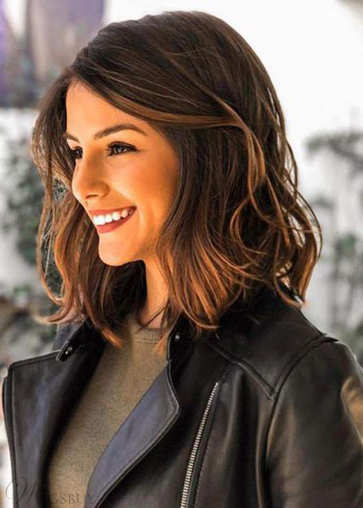 53 Popular Medium Length Hairstyles With Bangs in 2019 in 2020 | Haircuts for wavy hair, Medium ...