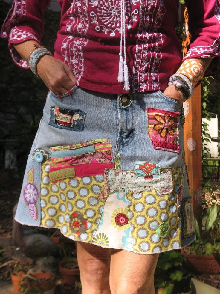 Jupe à faire avec des chutes de tissus et - Make one with an old pair of jean and fabric scrap. I'd like to make one!