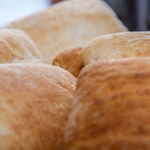 Mira esta rápida y deliciosa receta de berenjenas a la parmesana , especial para compartir con tu familia y acompañarla con unos ricos panes HOME BAKERY de BredenMaster  http://www.recetasdiarias.com/recetas/tapas/berenjenas-a-la-parmesana-al-horno/