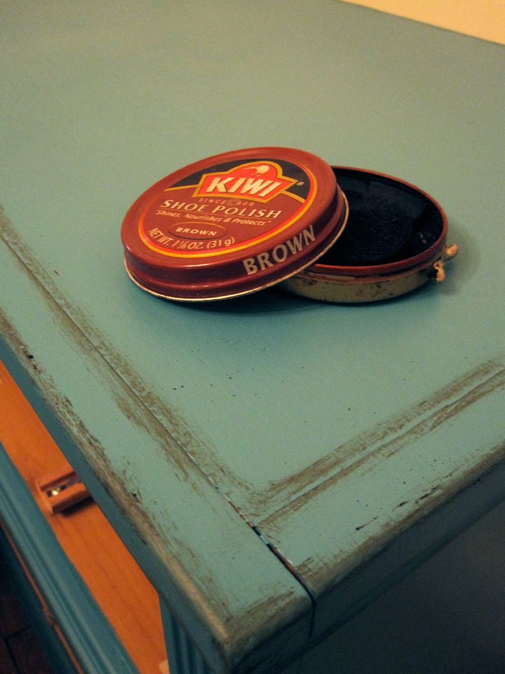 "use shoe polish to ""distress"" furniture"