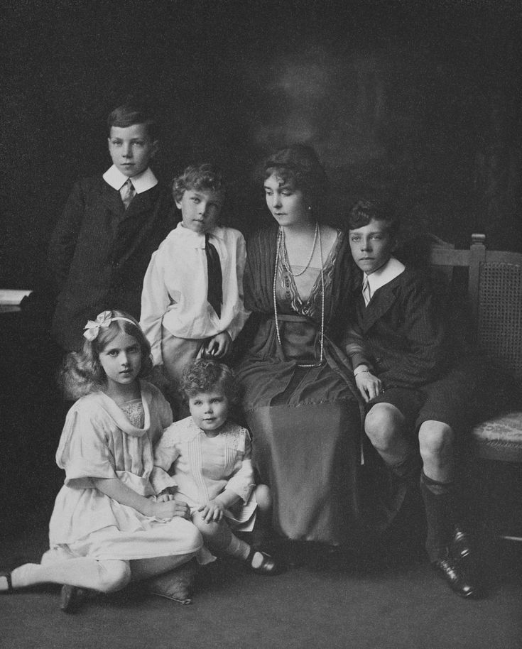 Crown Princess Margaret of Sweden with her children | Royal Collection Trust