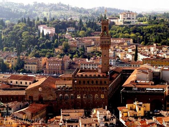 One-day romantic getaway in #Florence | Travellector discover the #travel itinerary on travellector.com, travel tips for personality types!