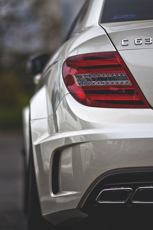 C63 AMG Benz