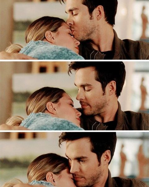 Kara and Mon-el