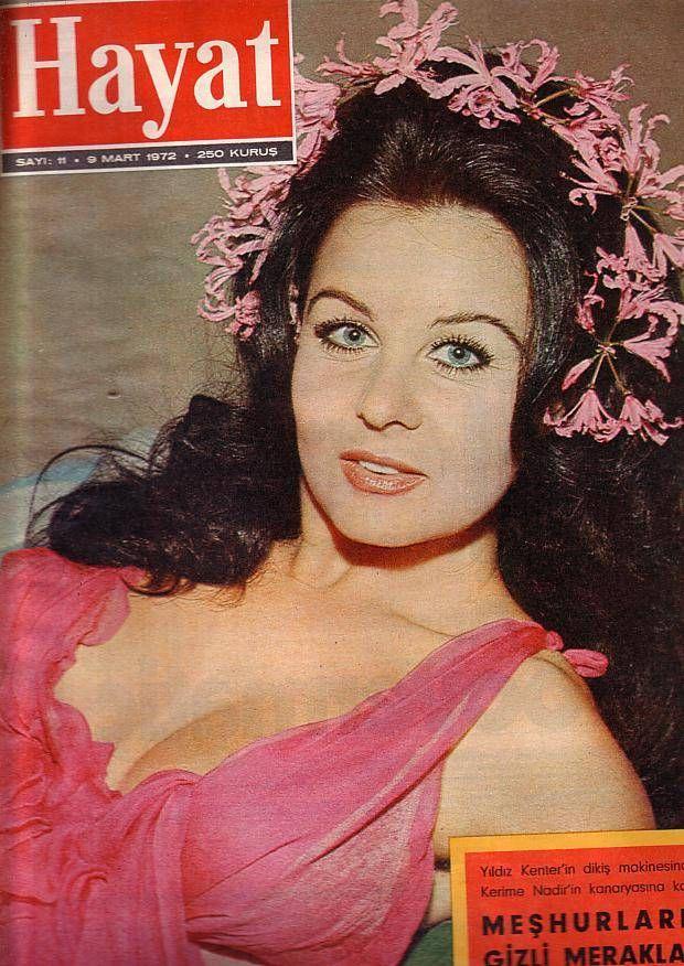 ✿ ❤ Yeşilçam'ın boncuk gözlü yıldızı Fatma Girik, Mart 1972 Ses …