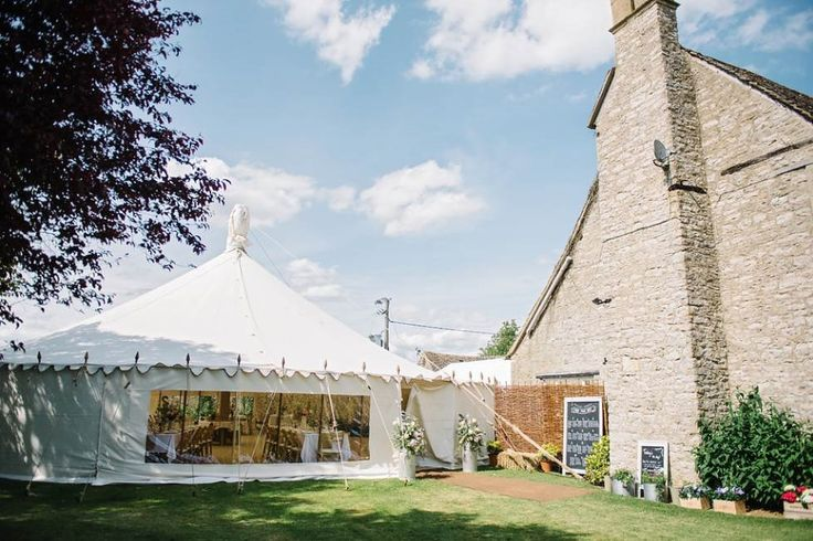 LPM Bohemia's Traditional Circular Tent at a summer wedding 2015.