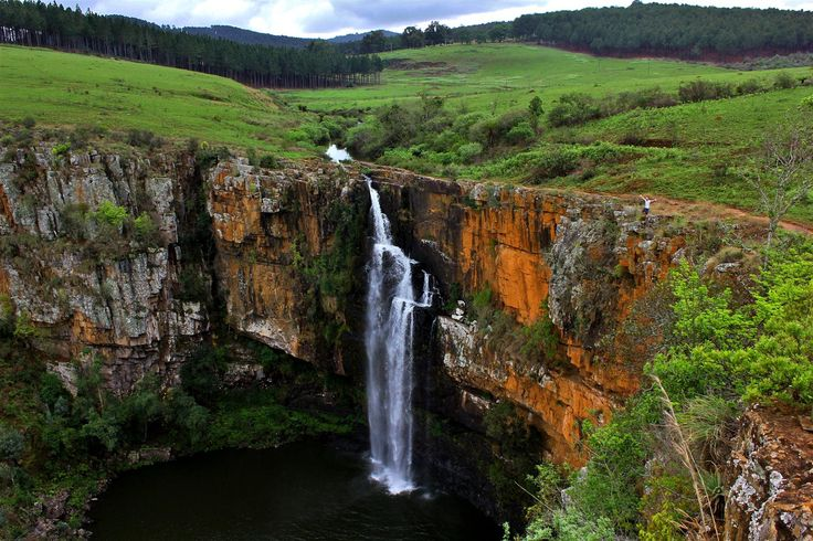 Mac-mac falls is a great location in South Africa for travelers who want a unique experience.