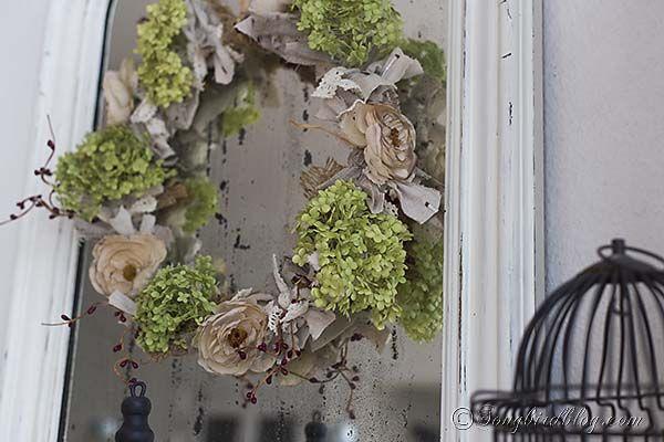 Fall_mantel_decoration_French_mirror_wreath_flowers