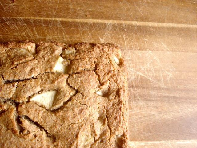 Quinoa Apple-Cinnamon Breakfast Cake | The Way I Like to Eat | Pinter ...