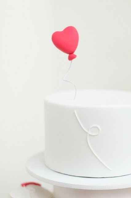 "heart baloon cake from ""hello Naomi"" #red #heart #cake"