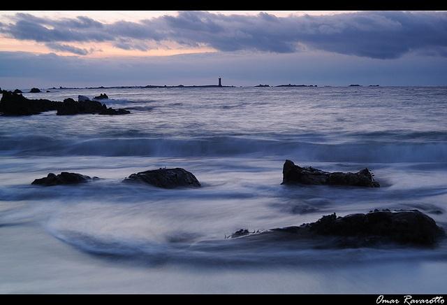 Ouessan phare de Kereon by Ravarotto Omar, via Flickr