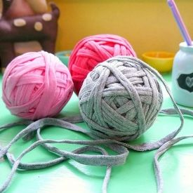 Make your own T-shirt yarn without spending a dime!  {and it's super soft!}