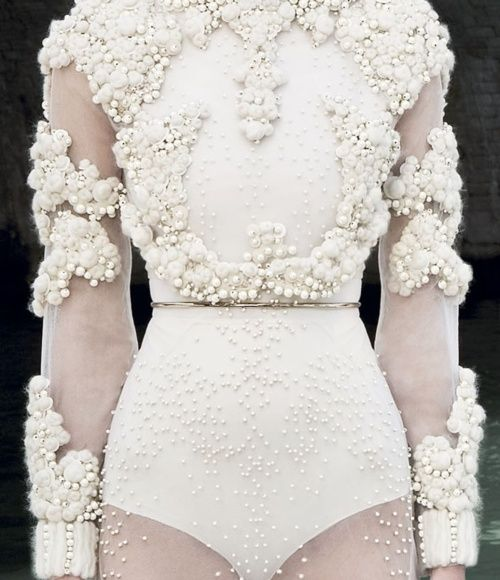 Givenchy, Haute Couture Fall/Winter 2011