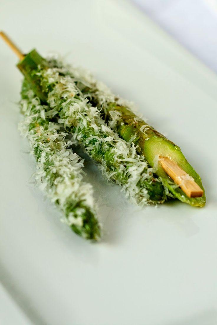 Hap & tap: Groene asperges met parmezaan - Knack Weekend #3