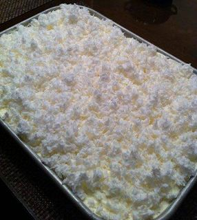 1 Duncan Hines White Cake mix 3 eggs 1 cup milk 1/2 cup vegetable oil 1 small box vanilla (or alm...