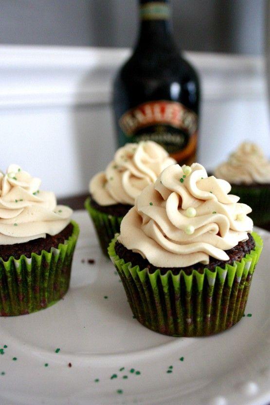 Irish car bomb cupcakes: Desserts, Baileys, Bombs Cupcakes, Irish Cars, Cars Bombs, Chocolates Cupcakes, Cupcakes Recipes, Guinness Cupcakes, Irish Whiskey
