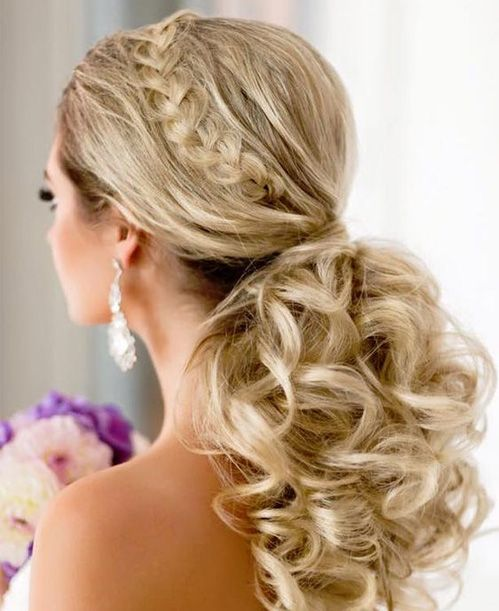 Super 1000 Ideas About Long Curly Hairstyles On Pinterest Long Curly Hairstyles For Women Draintrainus