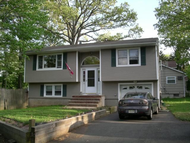 Best 25 bi level homes ideas on pinterest split level for Bi level home