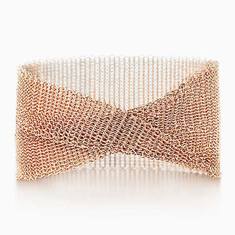 Elsa Peretti® Mesh wide bracelet in 18k rose gold, small.