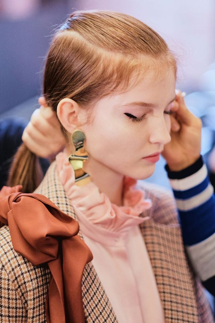 SS18 BACKSTAGE - Photography by Jamie Stoker for vogue.co.uk #motherofpearl #pearlyqueen #ss18 #backstage