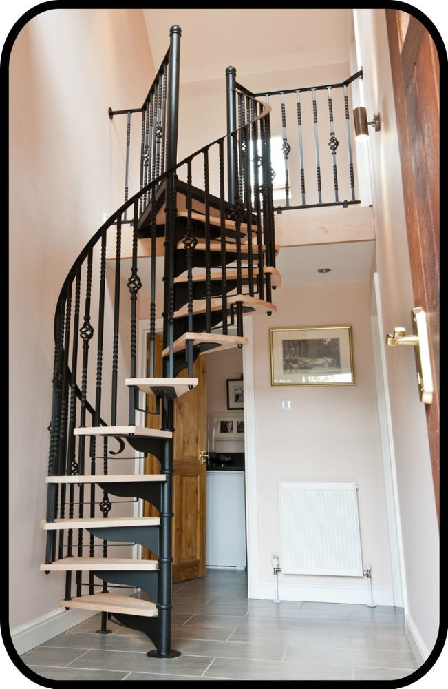Best Traditional Spiral Stair In Hardwood Wrought Iron 400 x 300