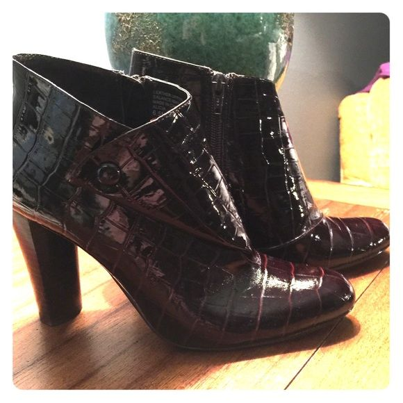 Ladies Ankle boots by Kristen Davis Ladies 6.5 Crocodile ankle boots with side zipper. Worn only a few times, excellent shape! They are a burgundy brown color, goes with everything. Kristen Davis  Shoes Ankle Boots & Booties