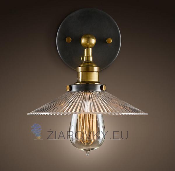 Historické nástenné svietidlo s dekoračným skleneným tienidlom na žiarovky typu E27 je svietidlo určené na stenu v rustikálnom vzhľade. Svietidlo je vhodné do obývacej izby, kuchyne, jedálne, spálne, reštaurácie a pod. Svietidlo je v medenej farbe a je vhodné ako dekorácia do každej domácnosti. Nástenné svietidlo je zárukou obdivu vašej domácnosti alebo chalupy, reštaurácie a pod. Toto starodávne svietidlo sa nesie v historickom duchu a zaručí obdiv vo Vašej domácnosti