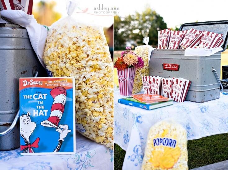 flower centerpiece in a plastic popcorn box.Kids Parties, Movie Parties, Flower Centerpieces, Birthday Parties, Book Parties, Parties Ideas, Movie Night, Party Ideas, Birthday Ideas