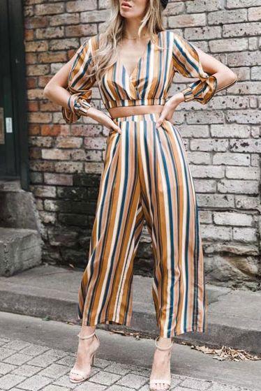 aff430841 Compre Conjunto Listrado Calça Pantalona E Blusa Cropped