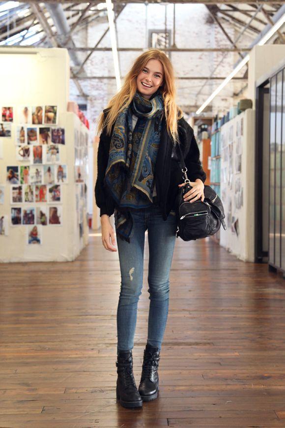 Free People Models Off Duty Looks: skinny jeans, oversized scarf, jacket.
