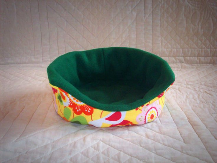 118 best guinea pig cage ideas cavy diy images on pinterest for How to make a guinea pig bed