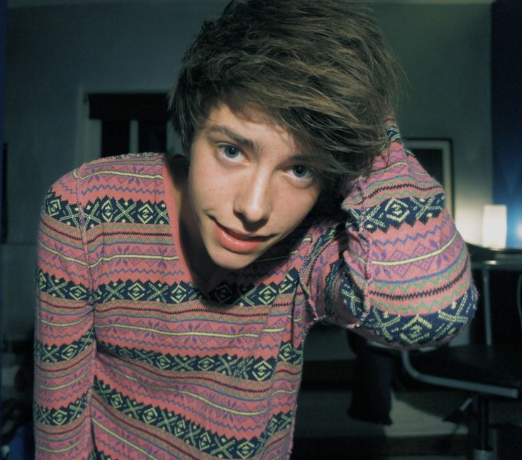 Cute Guy With Brown Hair And Brown Eyes Tumblr