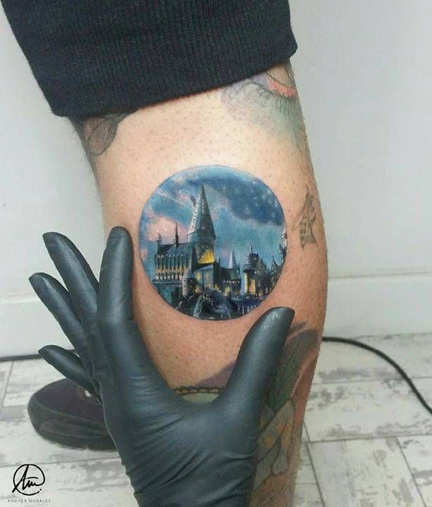 By Andrea Morales, done at Edu Tattoo, Granada. http://ttoo.co/p/23764