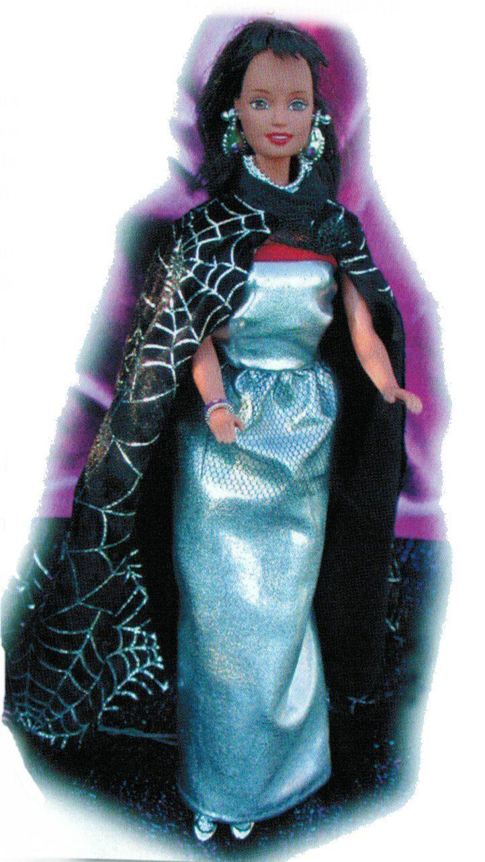 Barbie Schnittmuster: Abendkleid mit Cape
