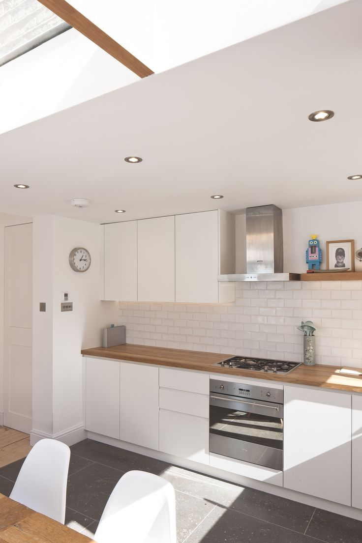 Kitchen design by mark plant kitchens slightly off white for Off the shelf kitchen units