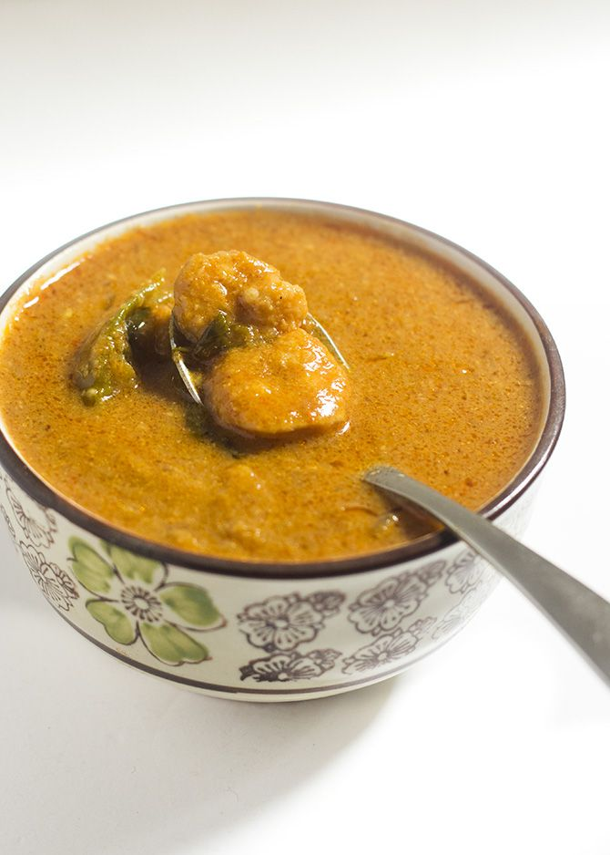 South Indian Prawn Gravy recipe or the eral kulambu is a yummy seafood gravy preparation. Made with aromatic spices, this prawn gravy is super delicious. The South Indian Prawn Gravy recipe is a very popular dish in South India. Whoever eats prawns would make the gravy in some form or other. You won't need any...Read More »
