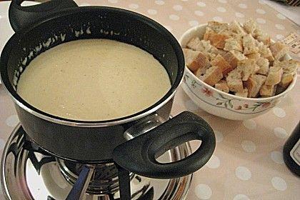 Käsefondue ohne Alkohol, ein beliebtes Rezept aus der Kategorie Silvester. Bewertungen: 65. Durchschnitt: Ø 4,1.