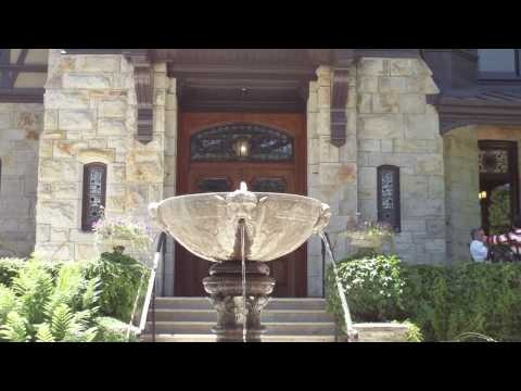 Do you like Beringer wines? They're popular in the USA. Take this video tour of Beringer Vineyards, Napa Valley,   California, USA  http://www.winestoragepix.com