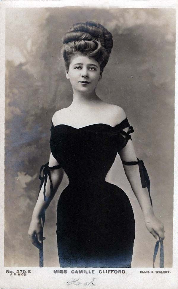 Camille Clifford, what an amazing shape***it was forced. Their ribs grew downward due to the corsets. It was horrible,*****