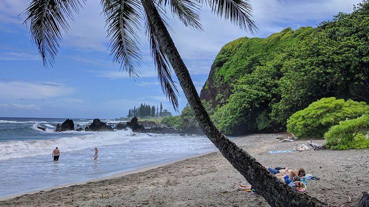 [A FAIRE] - Road trip #Hawaii: Les 600 virages de la route de Hana http://fr.canoe.ca/voyages/destinations/etatsunis/archives/2017/10/20171020-161538.html?utm_campaign=crowdfire&utm_content=crowdfire&utm_medium=social&utm_source=pinterest #beforgo #voyage #etatsunis