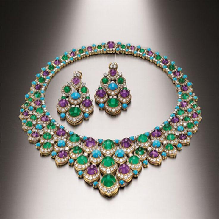 Premio margutta a domus bulgari--Parure in oro, smeraldi, ametiste, turchesi e diamanti