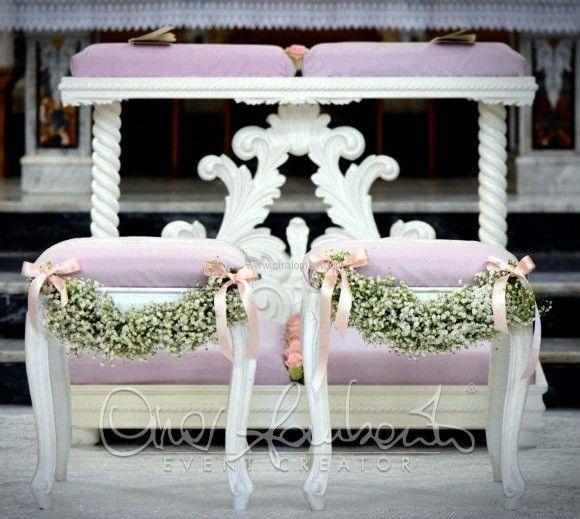 Tinte delicate e trame di pizzi e merletti per un matrimonio romantico dai toni shabby chic.