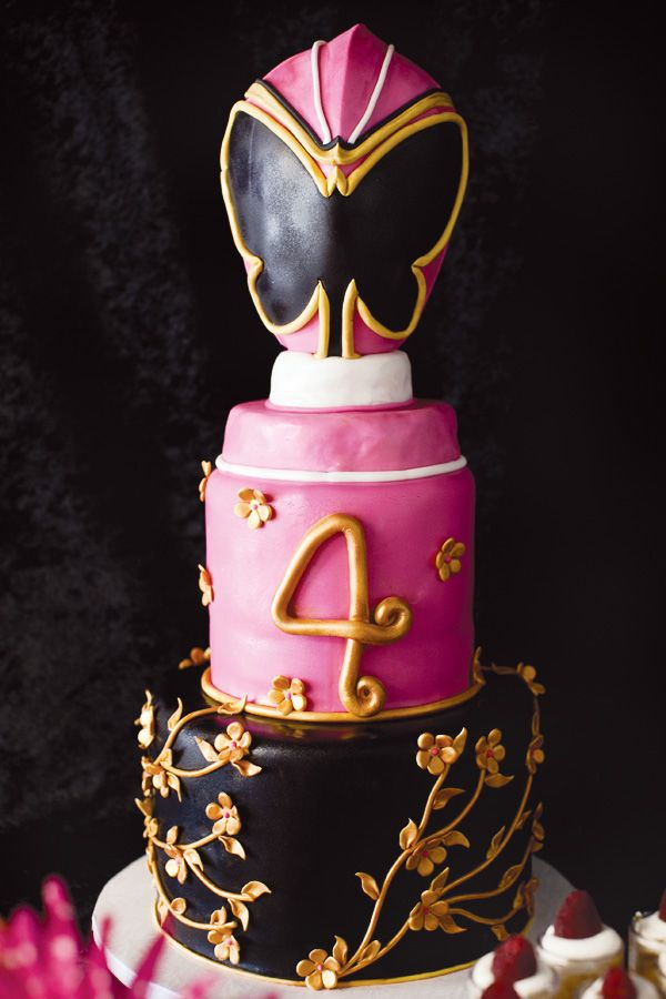 {Mystic Force} Pink Power Ranger Party-- OMG totally beautiful power ranger inspired cake...