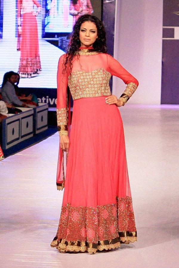Noyonika Chatterjee display designer Charu Parashars creation at Rajasthan Fashion Week.